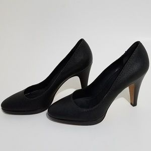 Banana Republic pumps, size 6.5
